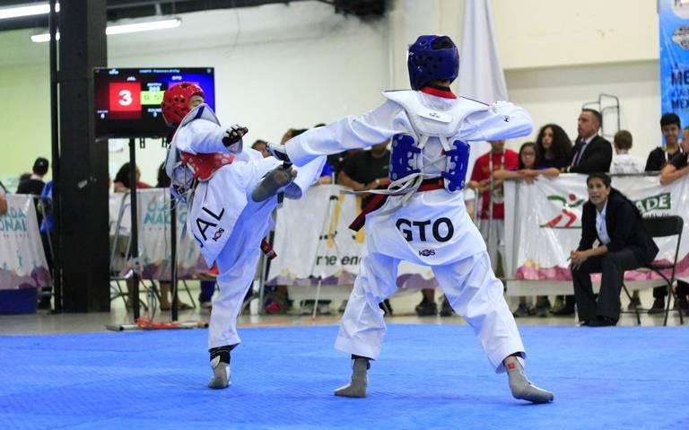 Taekwondoínes guanjuatenses participan en encuentro virtual con seleccionados de Puebla, Tabasco, Campeche y CDMX