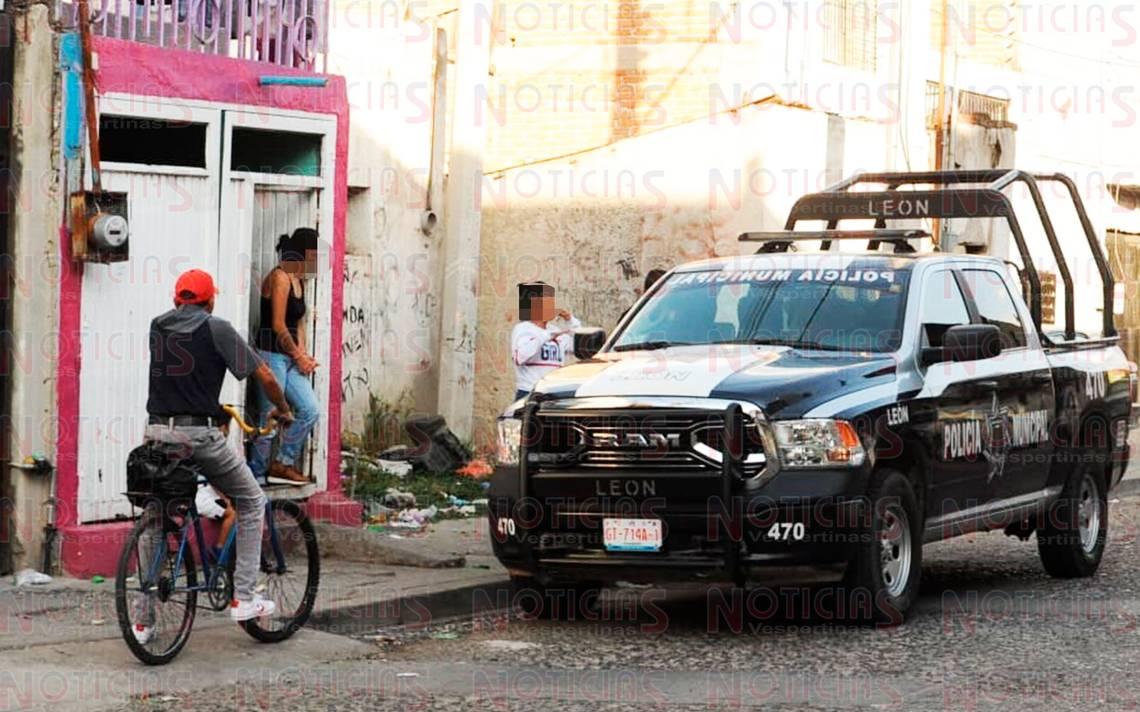 """Golpean a """"El Chayo"""" en la colonia San Agustín - Noticias Vespertinas"""